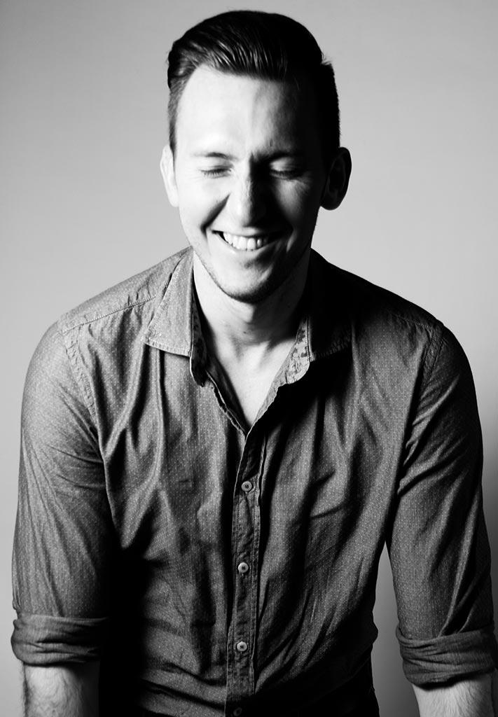 Alexander Wonisch - Tanzlehrer Jugend-, Studenten- und Paarkurse Dance District