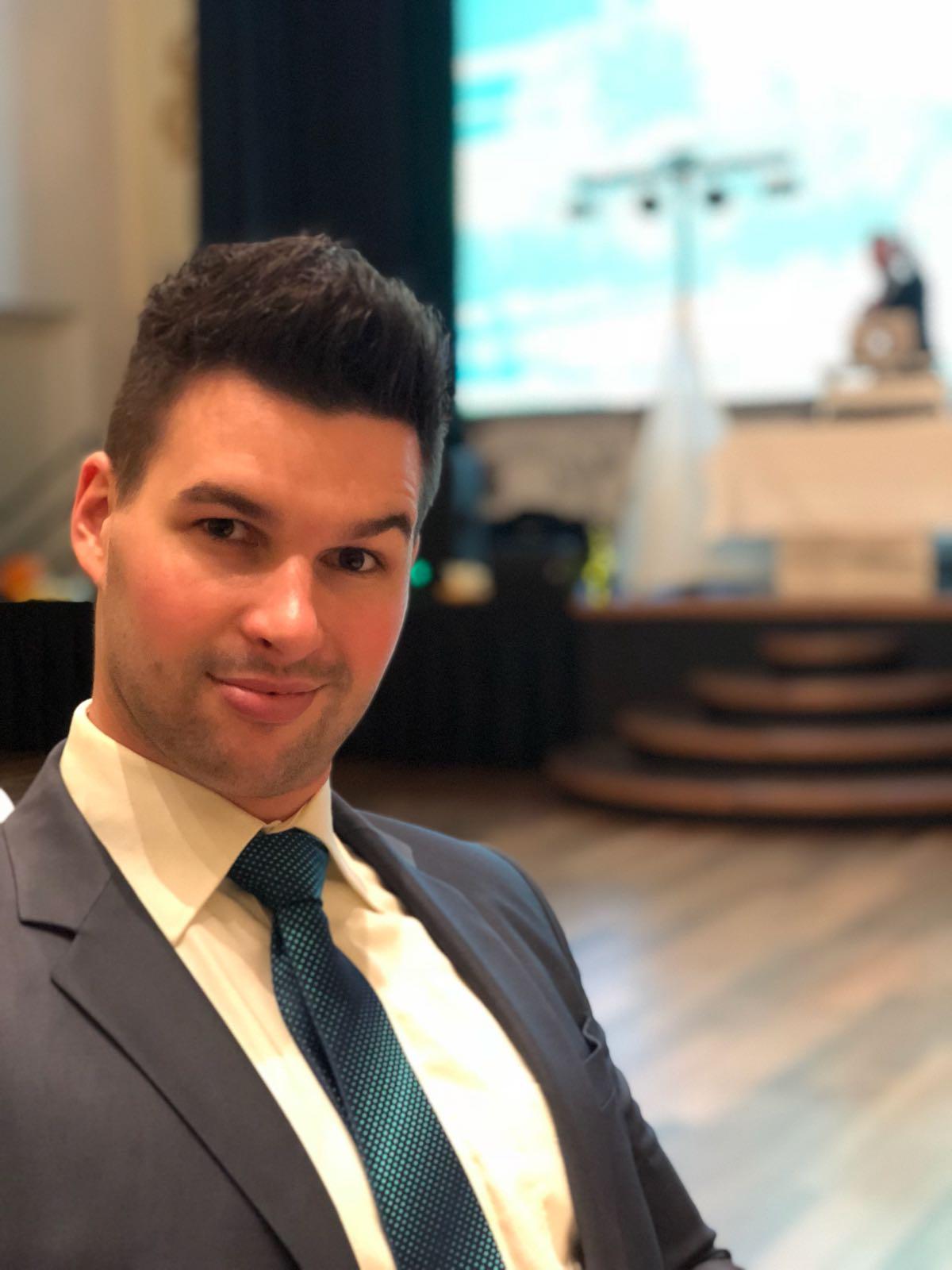 Klaus Gabriel - Tanzlehrer Jugend- und Paarkurse