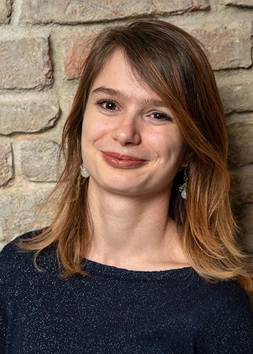 Jana Podbelsek - Jugend- und Paarkurse