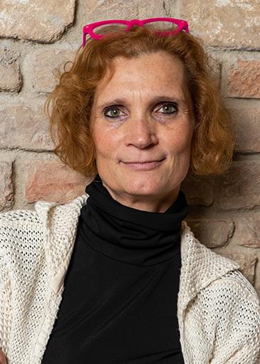 Karin Lemberger - Tanzmeisterin, Geschäftsführerin Paar- und Seniorenkurse