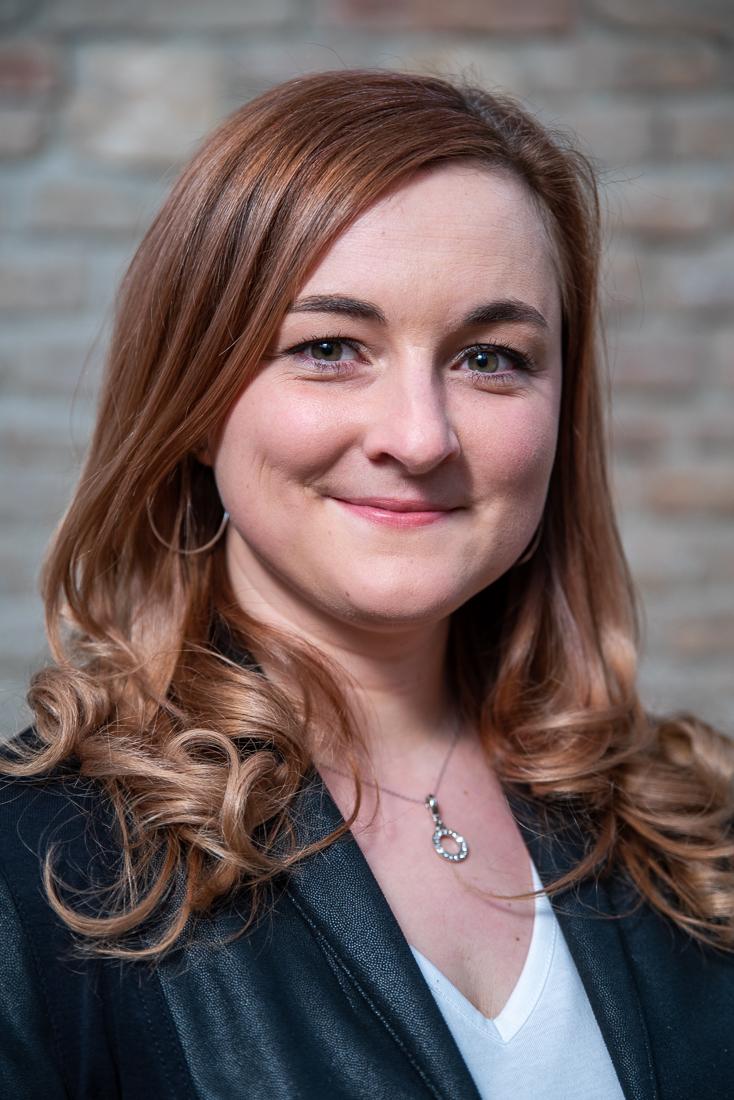 Melanie Fischer - diplomierte Tanzmeisterin, staatlich geprüfte Tanzlehrerin Paarkurse & Jugend Academy