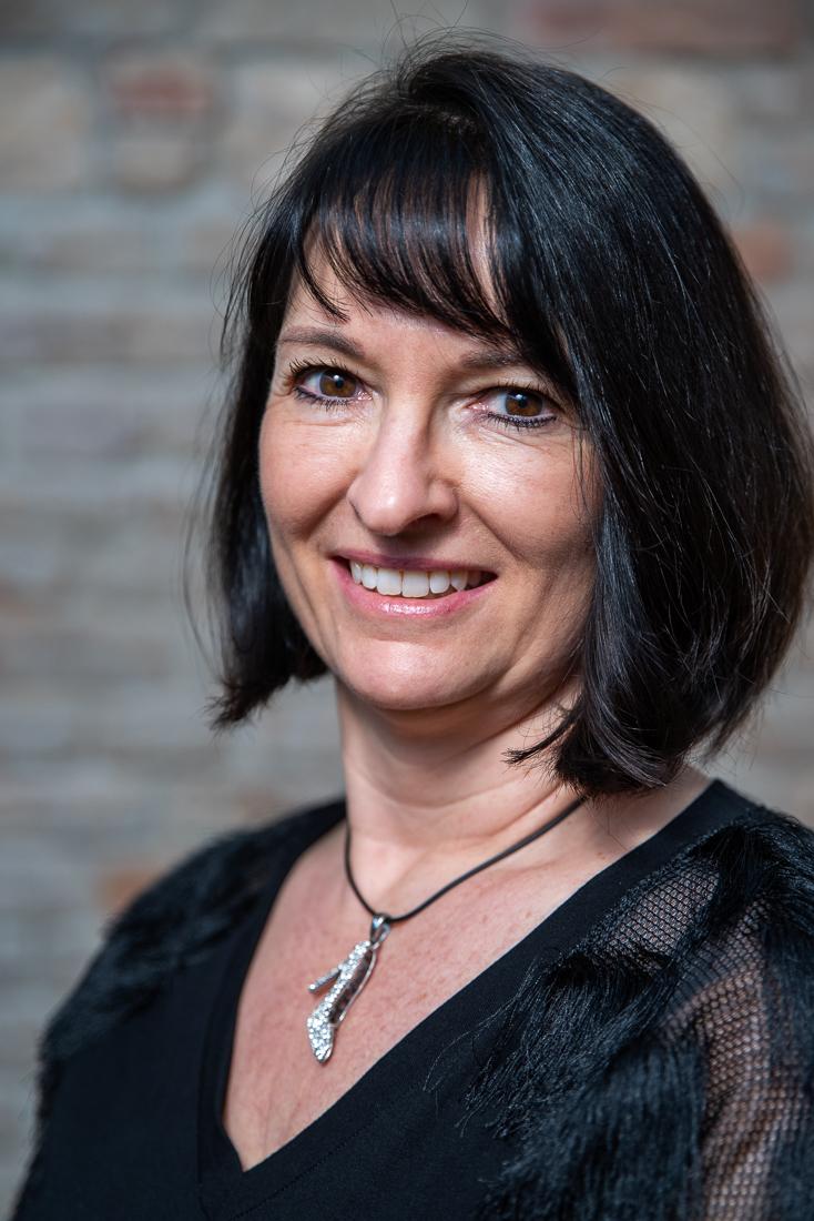 Birgit Seitz - diplomierte Tanzmeisterin, staatlich geprüfte Tanzlehrerin, Paarkurse Level 1 bis Level 7